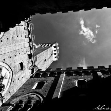 Siena ed il suo Mangiaguadagni