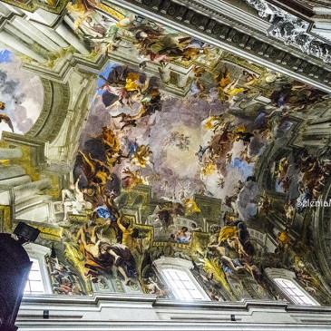 Il trionfo dell'illusione prospettica: Andrea Pozzo nella Chiesa di Sant'Ignazio di Loyola